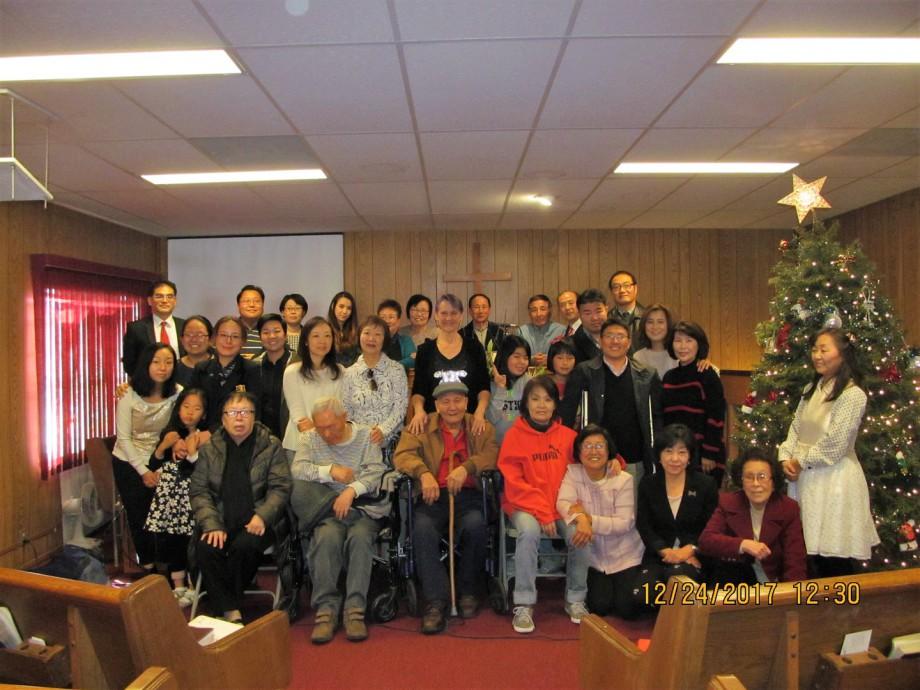 글렌데일 한인장로교회 2017년 성탄예배 기념사진.